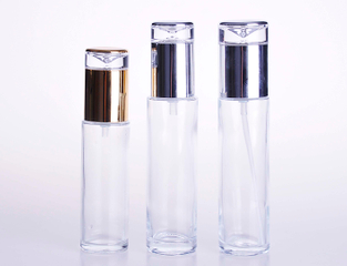Good quality Clear Glass Lotion Bottle with Silver Caps 100ml 110ml